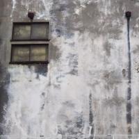 古い壁を塗り替えたい